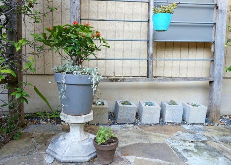 rejas acero plantas debajo jardin ideas