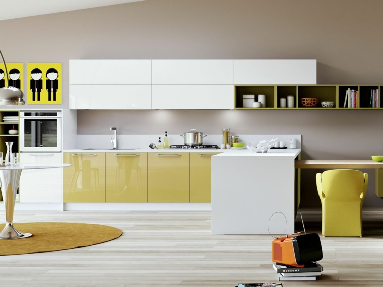 salon amarillo apartamento chico cocina