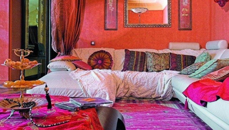 salon estilo marroqui colores llamativos telas vibrantes
