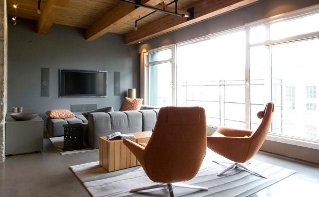 salon diseño moderno original sillas cuero naranja