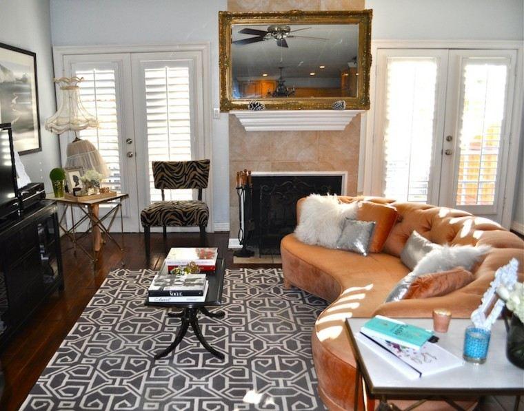 salones solteros sofá color naranja