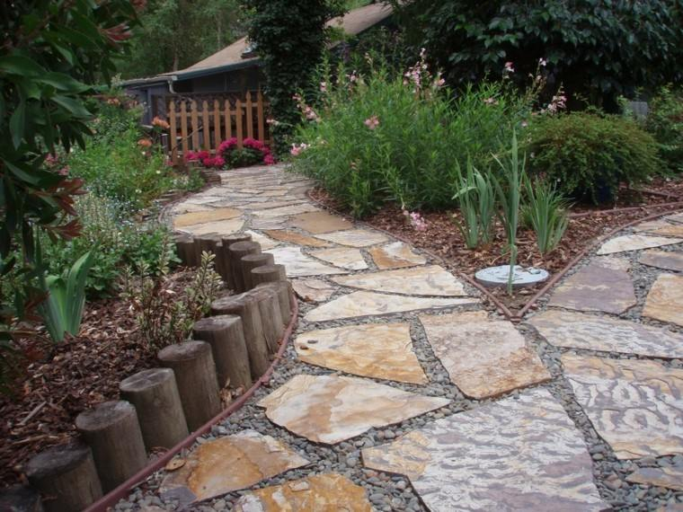 Senderos jardines m s de 70 ideas pr cticas para el hogar for How to build a river rock patio