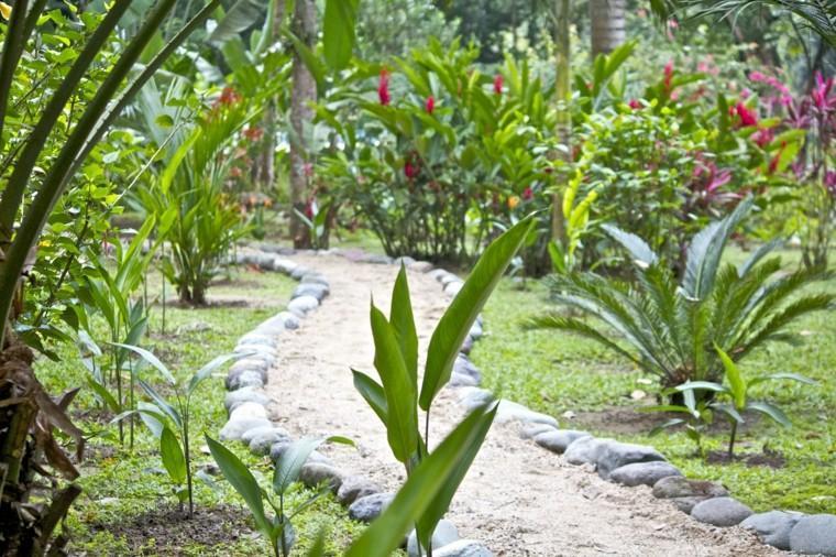 senderos jardines piedras flores patio flores