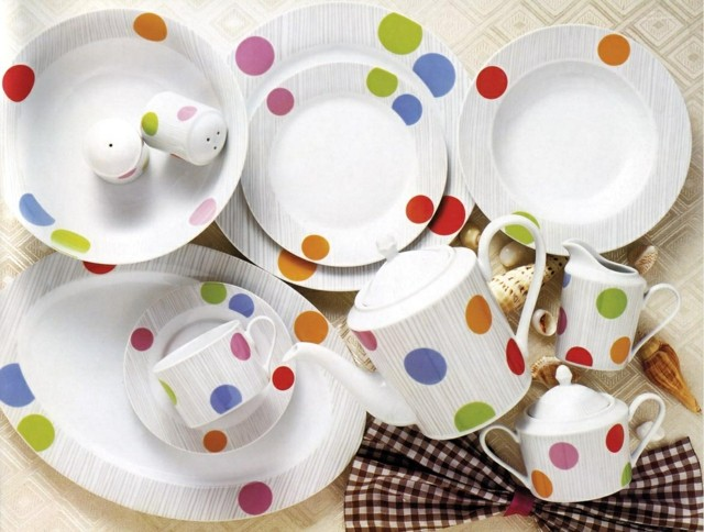 shabby chic platos puntos colore llamativos ideas