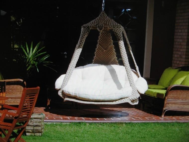 Sillones colgantes de jard n terraza o patio for Sillones grandes y comodos
