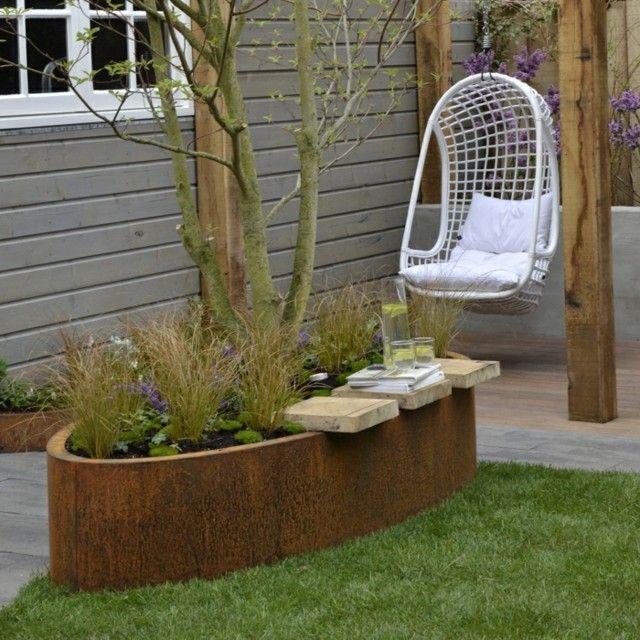 silla colgante hierba cesped patio