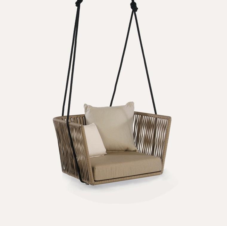 Muebles de jard n elegancia y calidad con kettal for Silla columpio