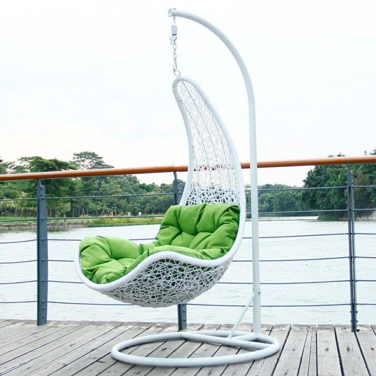 sillones colgantes jardin blanco ideas aire libre moderno