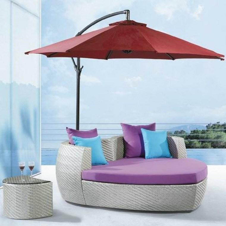sillones corazon cama jardin parasol