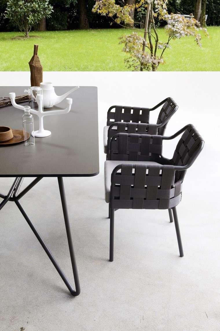 sillones negros elegante estilo moderno diseno