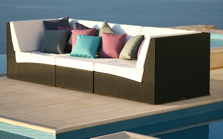 sofa grande mimbre marrón jardin