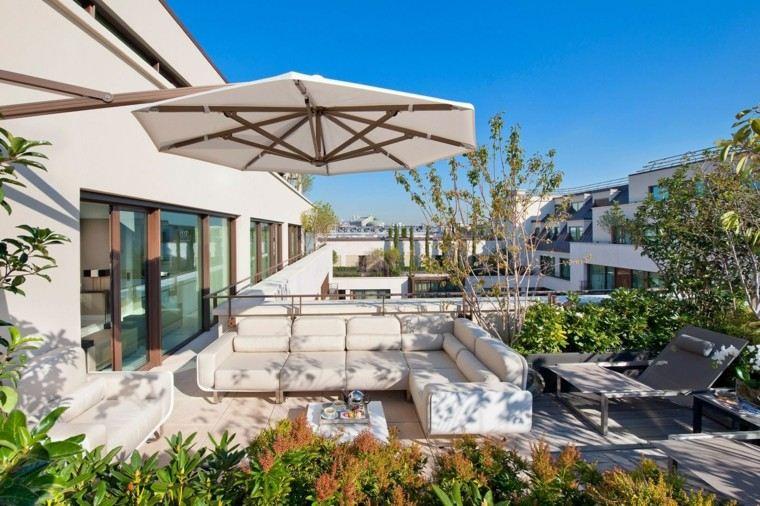 sombrilla terraza blanca protege mueles comodos ideas