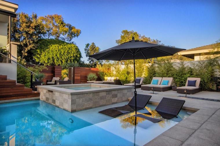 Piscinas muebles perfectos para el espacio que las rodea - Tumbonas para piscina ...
