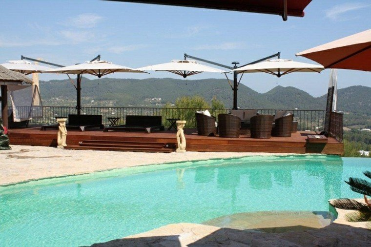 sombrillas jardin Ibiza ideas modernas bonitas