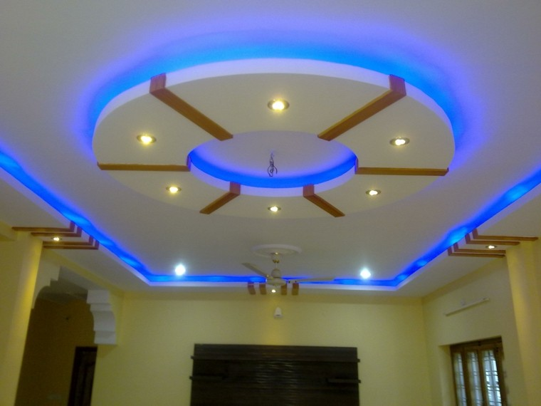 techo decoracion amarillo led azul
