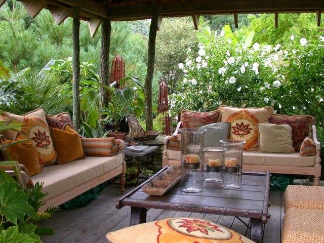 terraza bonita ideas decoracion velas cojines estampas