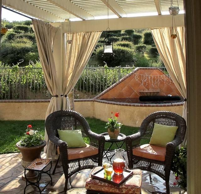terraza pergola cortinas muebles bonitos moderna macetas