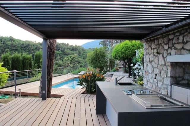 terrazas cocina exterior pegola moderna piscina suelo madera
