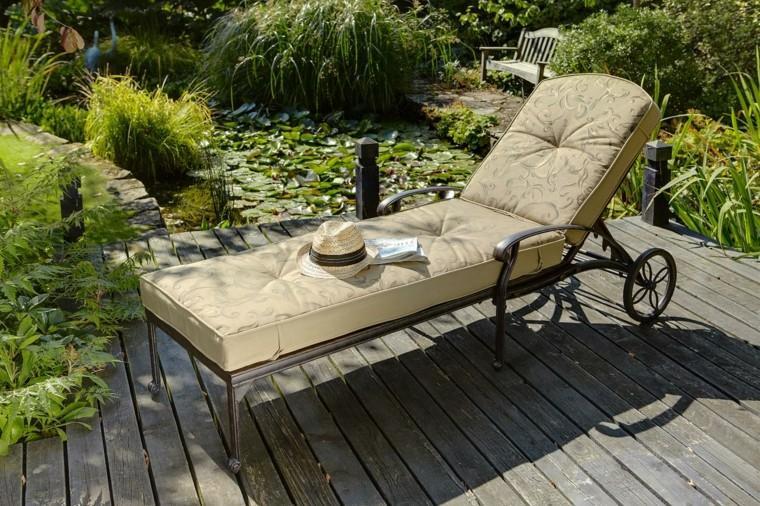 Tumbonas jardin y relax ideas para disfrutar del buen tiempo for Cubierta estanque