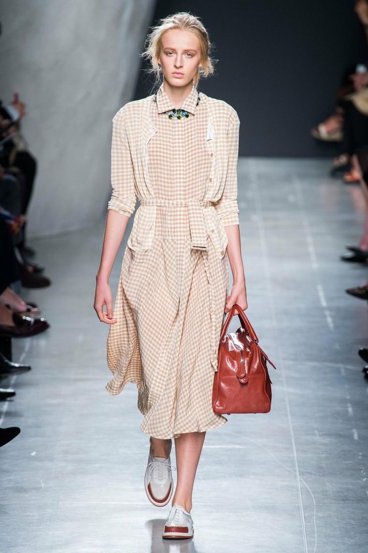 vestido cuadros beige rubia túnica