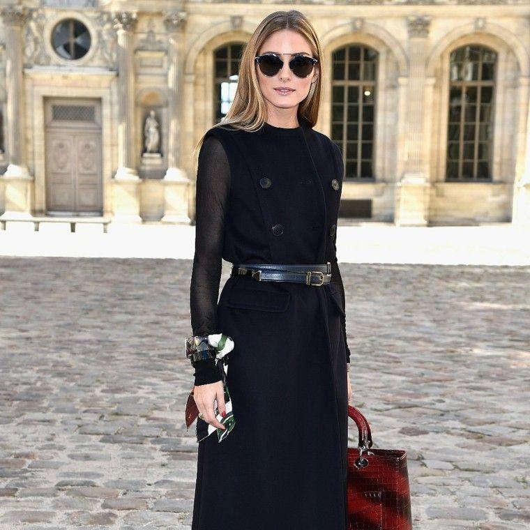 vestido negro bolso piel calle
