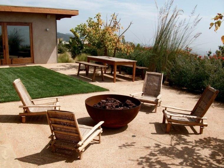 zen jardin sillas bambu rodean plato grande fuego