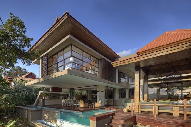 zona exterior piscina escaleras madera