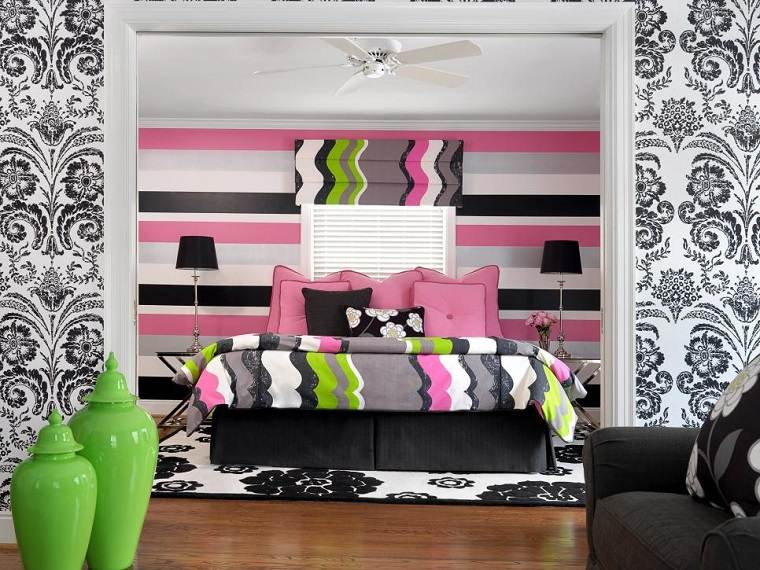 Denise Fogarty pared rayas colores papel pared blanco negro chica ideas