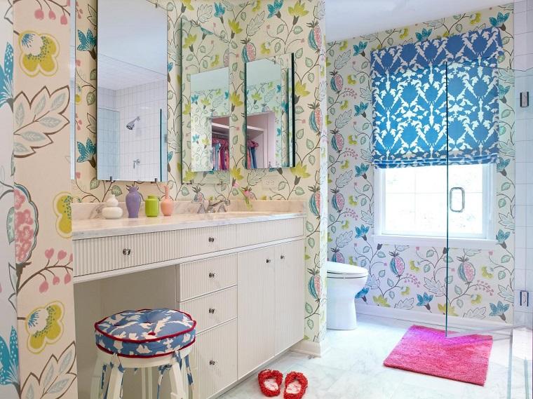 Azulejos Baño Originales:Baños pequeños modernos con papel de pared decorativo en colores