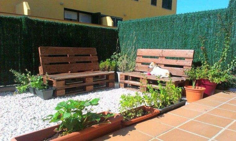 amplio espaldar banca grava jardin