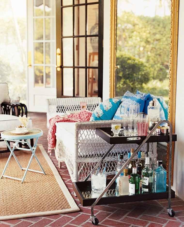 apartamento pequeno mesa cafe plegable-sofa rattan ideas