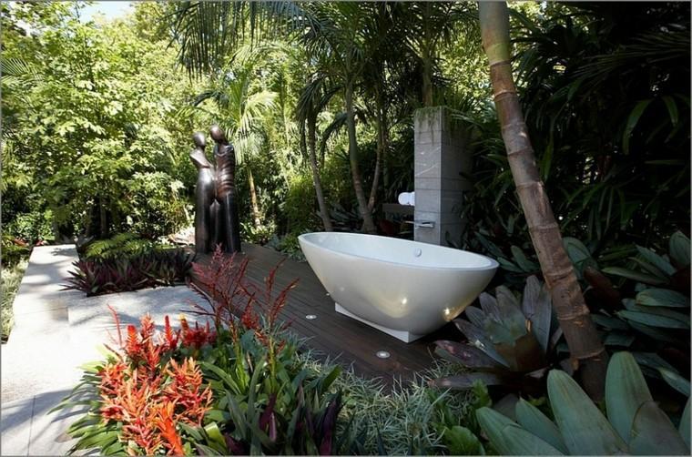 bañera exterior bonito jardin plantas