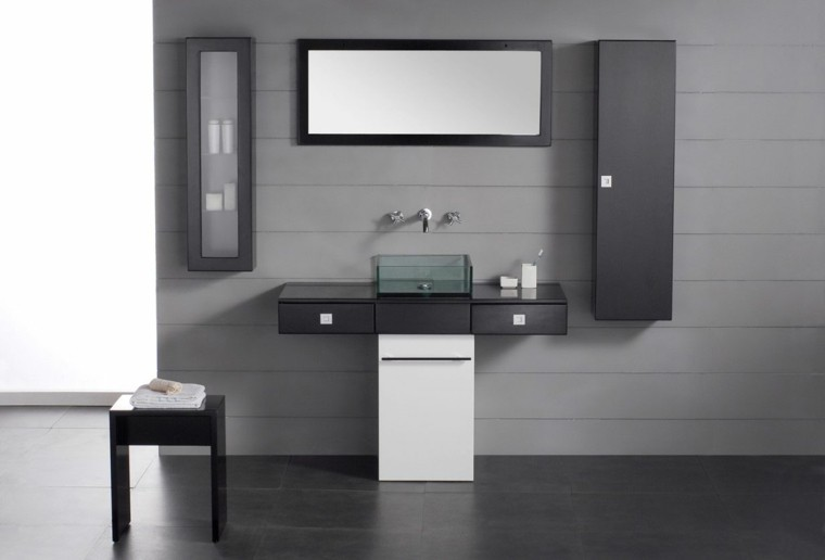 baño color  gris estilo moderno