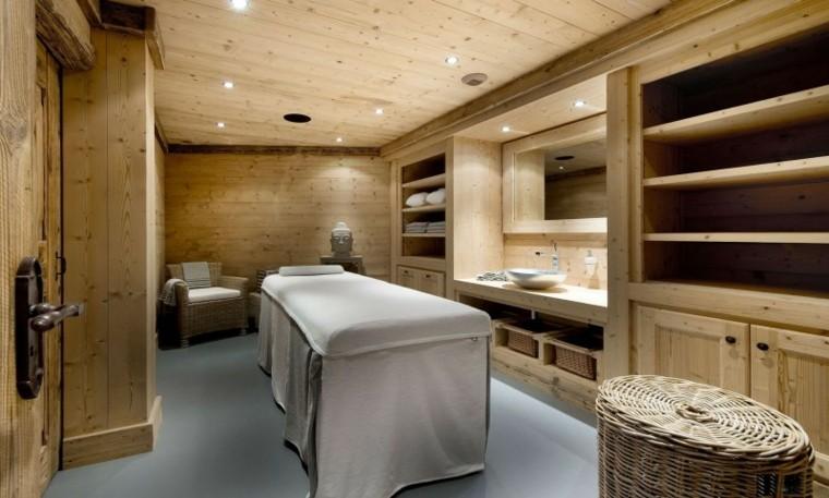 baño moderno todo madera pino