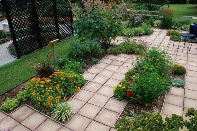 baldoas rojas jardin deco plantas