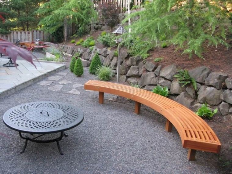 banco madera jardin guijarros muralla piedras grandes ideas