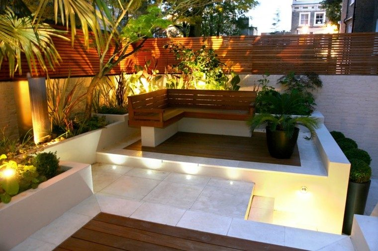 Dise o de jardines peque os y modernos 50 ideas for Banco madera jardin