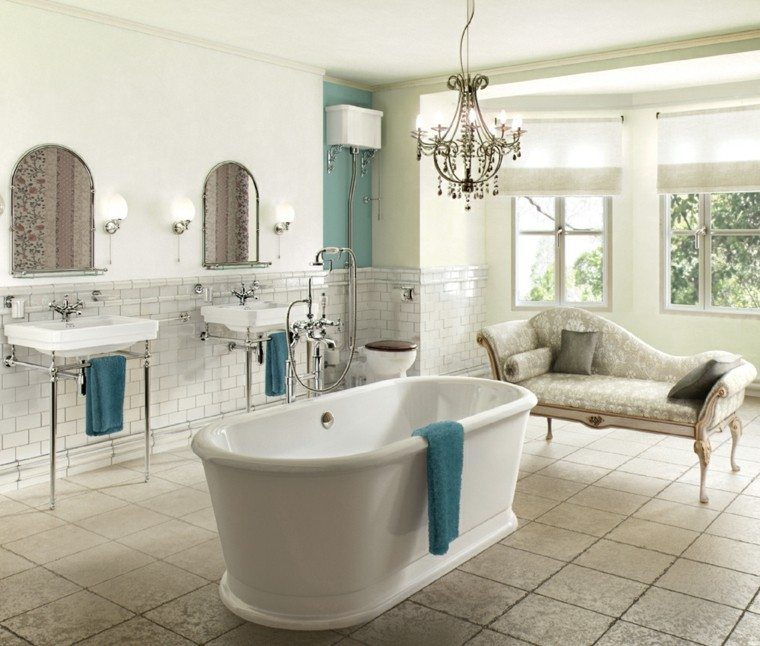 Tinas De Baño Romanticas:tina y lavabos blancos para el baño