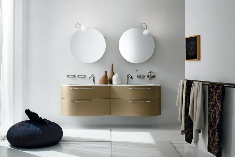 bano paredes blancas lavabo accesorios moderno ideas