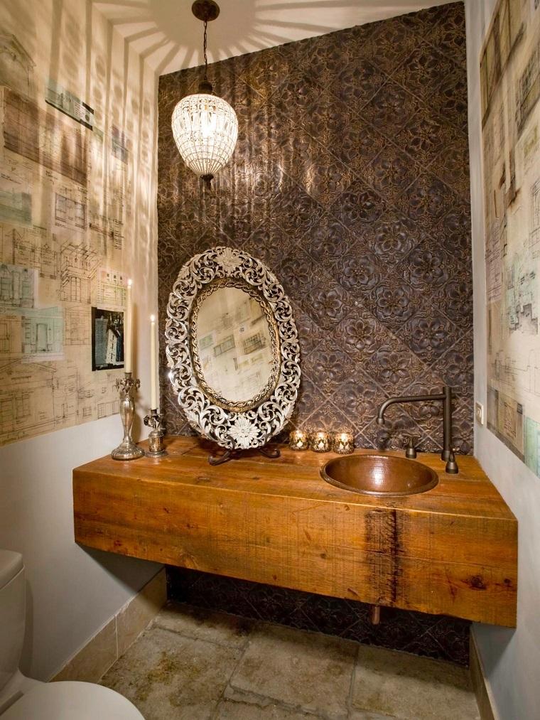 baños pequeños modernos espejo decorativo candelabro ideas