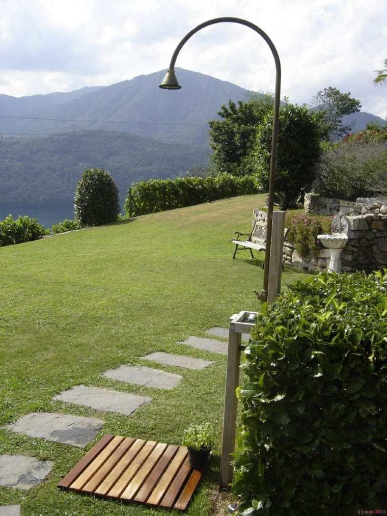 Duchas para el jard n cincuenta ideas fant sticas - Duchas para jardin ...