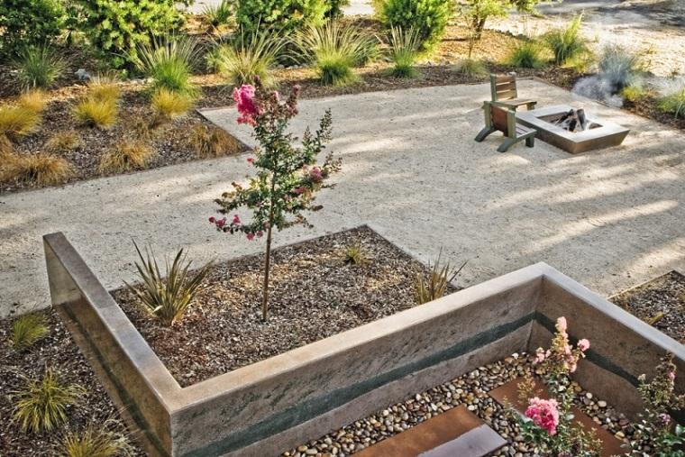 bonito diseño jardin piedras