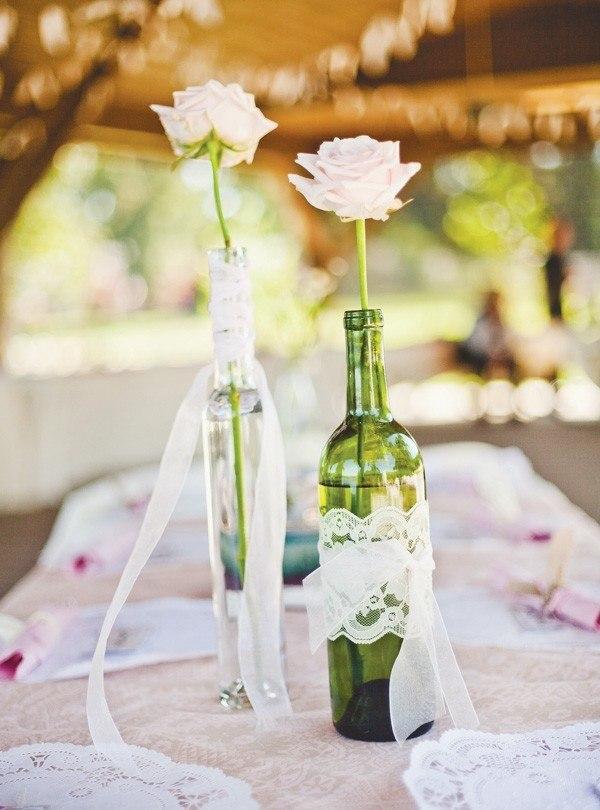botellas deco encaje rosas blancas