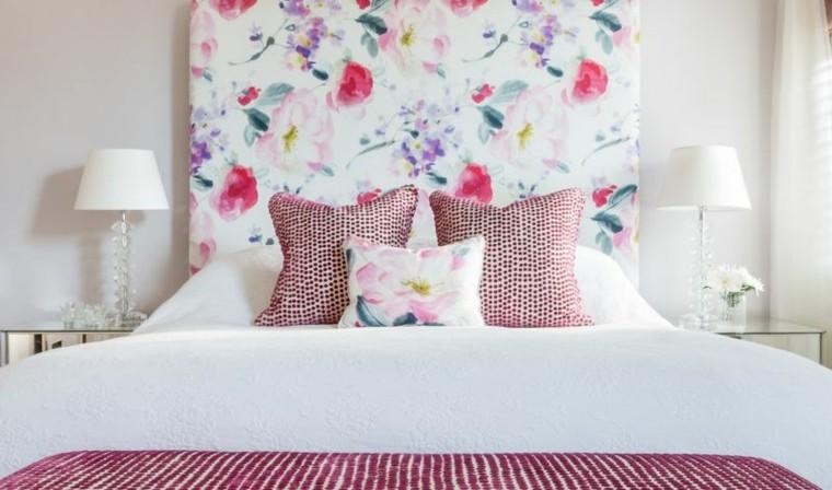 cabecero cama estampa motivos florales lamparas pie cristal ideas