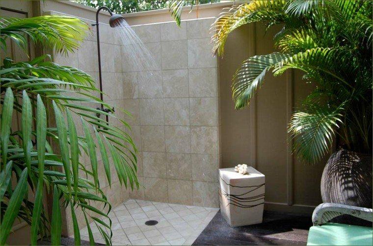 cabina ducha patio exterior baldosas