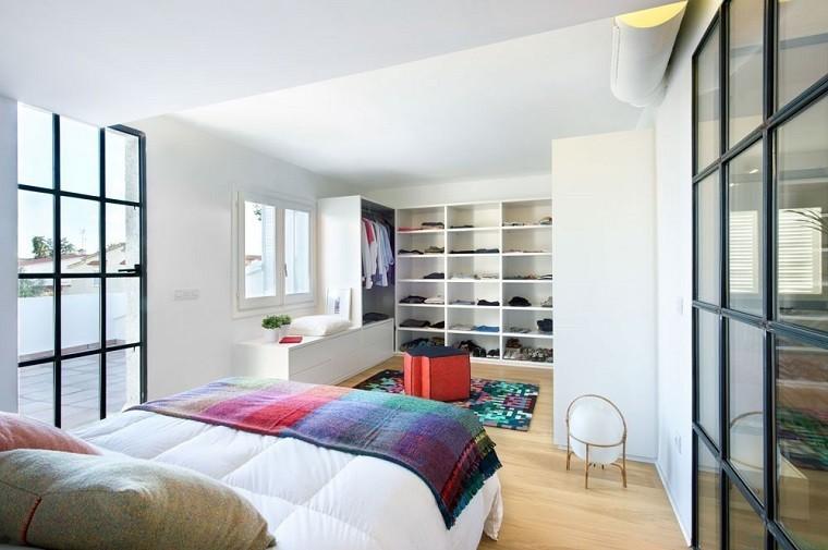 cama dormitorio apartamento benicassim suite