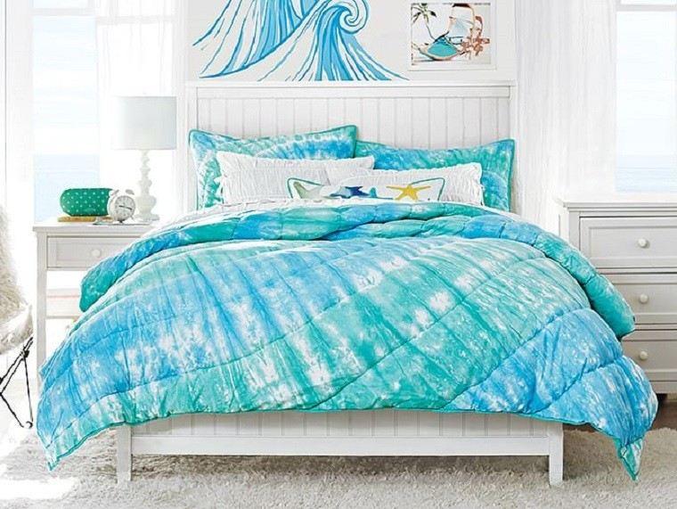 Dormitorios juveniles 100 ideas para tu adolescente for Camas blancas de madera