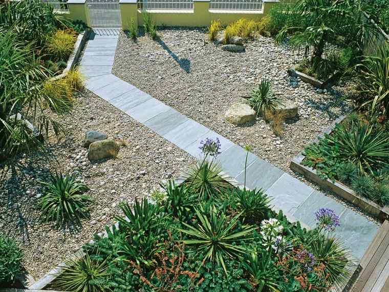 Camino de jard n ideas atractivas piedras losas y baldosas - Caminos para jardines ...