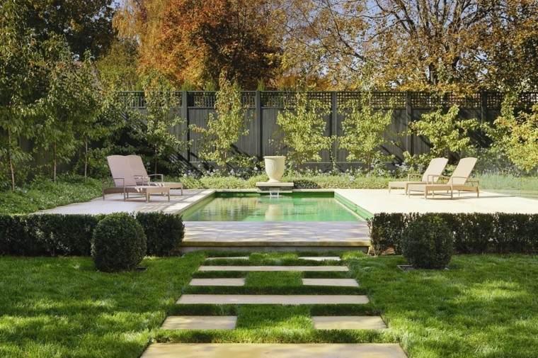 caminos losas cesped jardin piscina tumbonas ideas