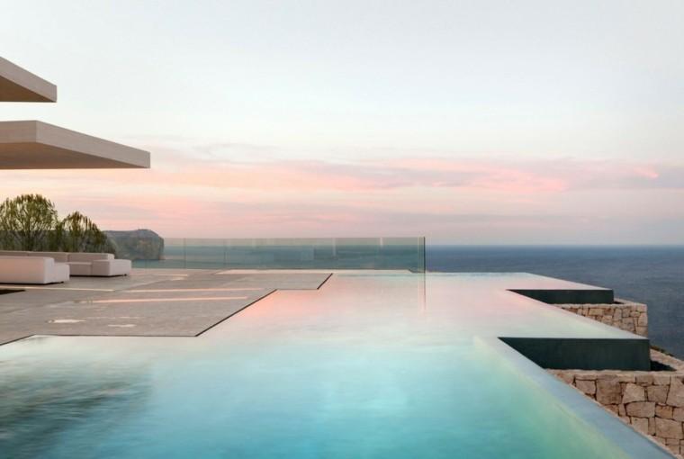 casas terraza amplia muebles diseno piscina moderna